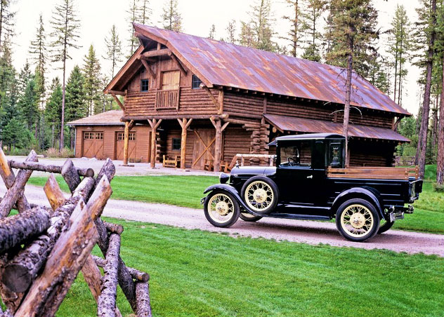 Log-Barn-and-car